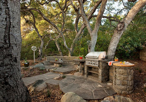 Your Guide to Grills and More for Great Outdoor Cooking 1