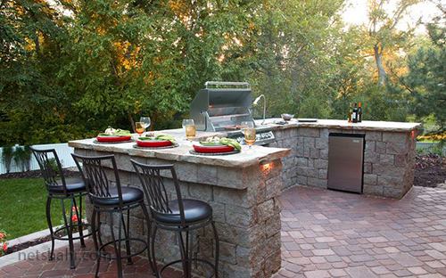 Your Guide to Grills and More for Great Outdoor Cooking 8