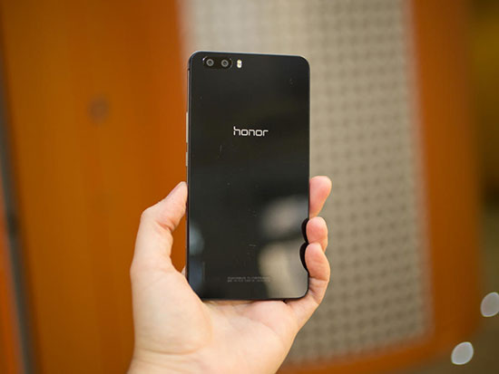 Huawei P8 vs Honor 6 Plus Review with Camera Samples 32