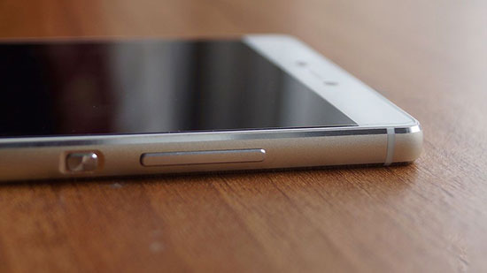 Huawei P8 vs Honor 6 Plus Review with Camera Samples 33