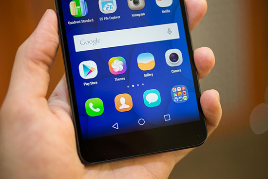 Huawei P8 vs Honor 6 Plus Review with Camera Samples 5