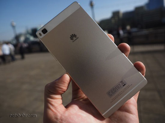 Huaweis flagship P8 smartphone is all about the fancy camera 3